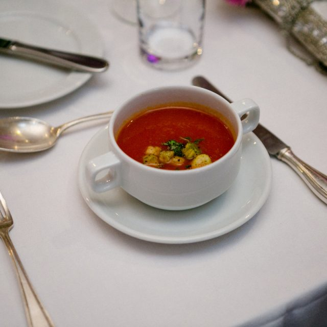 Tomatensuppe mit Croutons | Spanisches Mahl